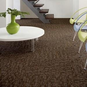 Hook up carpet tile
